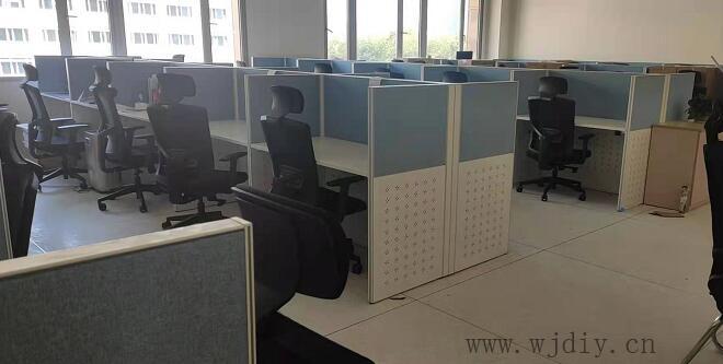南方科技大學海洋系辦公室卡位布網線裝電源插座.jpg
