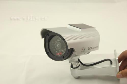 如何看攝像頭是不是夜視的-監控器攝像頭.jpg